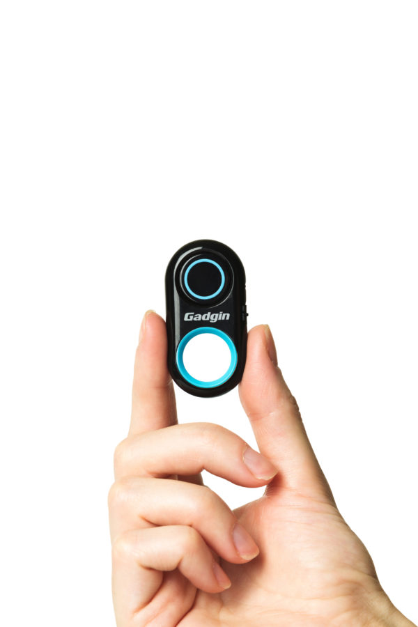 Gadgin Premium Selfie Remote Control Camera Shutter – Amazing Wireless  Clicker for Photo, Video – For iPhone, iPad, Samsung, Note, Tab, Android,